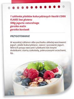 Deser jogurtowy z malinami i borówkami