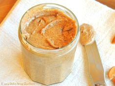 Ricetta Burro di Mandorle: Come farlo a Casa | Dolce Senza Zucchero