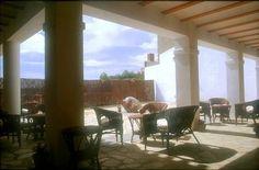 ALMERÍA, CONTADOR DE CHIRIVEL. La Casona de Don Bruno, casona rural del siglo XIX. Dispone de tres dormitorios y siete suites, servicio de habitaciones, restaurante, #salas_de_reuniones, internet y #coto_privado_de_caza menor, en un entorno ideal para el descanso. #Bicicletas_en_alquiler. http://www.fotoalquiler.com/casonadonbruno