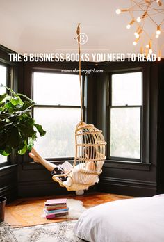 The 5 Business Books You Need To Read #theeverygirl