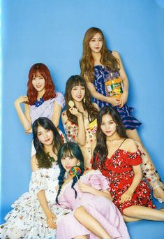 Check out GFriend @ Iomoio Kpop Girl Groups, Korean Girl Groups, Kpop Girls, Gfriend Yuju, Gfriend Sowon, Bubblegum Pop, Mamamoo, Girlfriend Kpop, K Pop