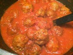 Griekse gehaktballetjes in tomatensaus
