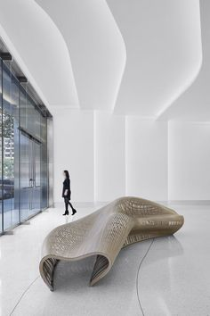 301 Howard Street Lobby by Huntsman Architectural Group Lobby Interior, Interior Architecture, Farmhouse Stools, Hotel Lobby Design, Futuristic Interior, Office Lobby, Design Apartment, Ceiling Design, Commercial Interiors