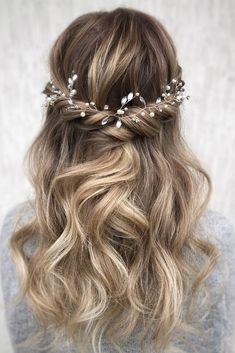 Hottest Bridesmaid Hairstyles For 2020 + Tips And Advice ★ bridesmaid hairstylestextured airy light half up half down with crystal halo julia_alesionok Bridesmaid Hairstyles Half Up Half Down, Brides Maid Hair, Bridesmaid Hair Half Up, Prom Hair, Junior Bridesmaid Hairstyles, Bridesmaids Hairstyles Down, Simple Bride Hairstyles, Wedding Hair Down, Wedding Hair And Makeup