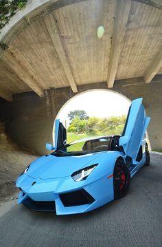 Lamborghini Aventador; yummmm