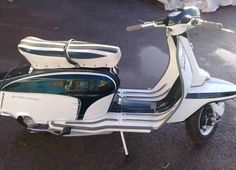 Lambretta SX: Photo gallery, complete information about model . Vespa Bike, Lambretta Scooter, Vespa Scooters, Small Motorcycles, Playstation Consoles, Motor Scooters, Electric Bicycle, Baby Strollers, Vehicles
