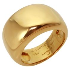 1stdibs | CARTIER Unisex Wide Dome Yellow Gold Band Ring