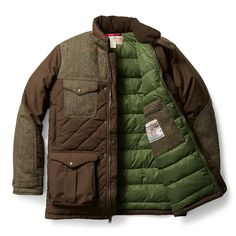 In the form of Filson's iconic Cruiser Jacket, the new Parka Cruiser is lined with an insulation layer filled premium goose down from Europe. Designed to meet a full range of needs amongst the great outdoor, the Parka Cruiser features hand warmer pockets, supple Moleskin-lined collar with … READ MORE