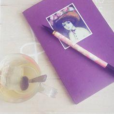 Prendre des notes à l'heure du thé... #teatime #flow29jours #laparisienne #vandongen