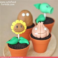 Plants vs. Zombies cupcakes! I love this game, and these are adorable.