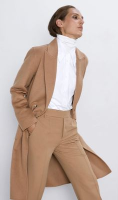 Zara Outfit, Winter Stil, Winter Coat, Trent Coat, Michelle Obama Fashion, Corporate Outfits, Zara Official Website, Weekly Outfits, Neutral Outfit