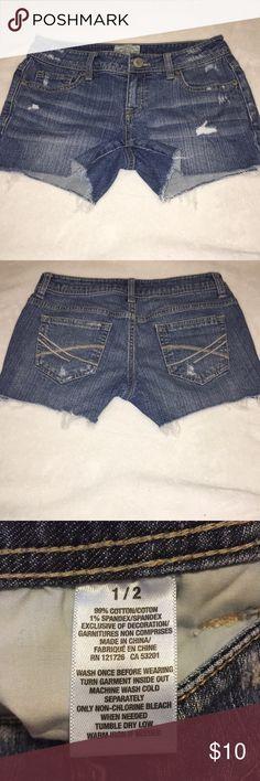 Aeropostale jean shorts Barely used jean short shorts from Aeropostale Aeropostale Shorts Jean Shorts