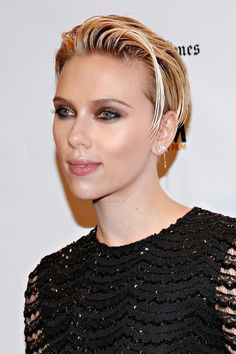 Pixie Cuts: As the Year of the Lob proved, women are opting for shorter and shorter lengths. Enter: the pixie cut. Every girl who fell in love with their long bob in 2014 will be going for the next-level chop in 2015. Reservations about the extreme leap? Look no further than Scarlett Johansson's edgy yet sultry cropped 'do.