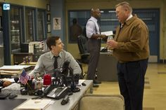 """#Brooklyn99 3x07 """"The Mattress"""" - Jake and Scully"""