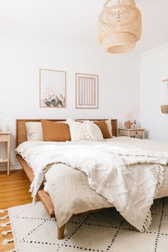 Add a lived-in boho vibe to your bedroom decor with soft linen bedding. Various colors and sizes available. Bedroom styling by This Wild Heart ( photography by Janet Kwan ( # Home Decor accessories Boho Bedroom Decor With Linen Bedding Boho Bedroom Decor, Boho Room, Home Bedroom, Boho Decor, Bedroom Romantic, Modern Bedroom, Minimalist Bedroom Boho, Bedroom Inspo, Classy Bedroom Ideas