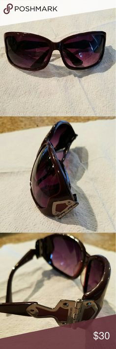 Michael Kors sunglasses Chic and classy MK sunglasses in burgundy color. Ombre lenses. Hardly used. Excellent condition. Michael Kors Accessories Sunglasses