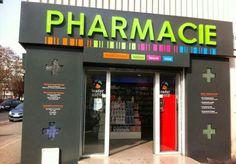 pharmacy Supermarket Design, Retail Store Design, Retail Stores, Signage Design, Branding Design, Hospital Signage, Pharmacy Store, Sign Board Design, Brand Fonts