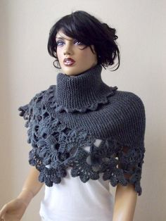 Dark Gray Triangle Shawl by myknittingworld on Etsy, Crochet Poncho, Knitted Shawls, Knit Or Crochet, Crochet Scarves, Crochet Clothes, Crochet Winter, Crochet Dolls Free Patterns, Crochet Designs, Crochet Leg Warmers