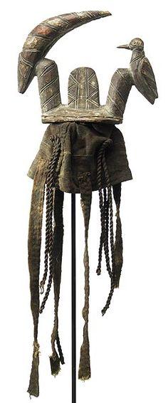 Mossi Zazaigo Headdress, Kwaltangen, Burkina Faso http://www.imodara.com/item/burkina-faso-mossi-zazaigo-antelope-headdress-kwaltangen/