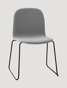 Buy Muuto Visu Chair With Coloured Wire Frame/Shell online with Houseology Price Promise. Full Muuto collection with UK & International shipping. Desk In Living Room, Living Spaces, Sled, Upholstered Chairs, Scandinavian Design, Chair Design, Textiles, Furniture, Santa Monica