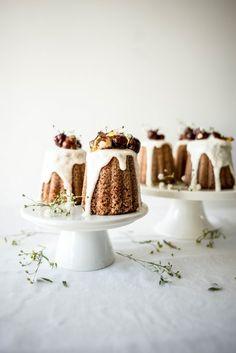 miniature beurre noisette and hazelnut cakes