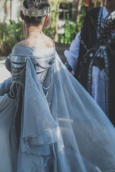 Prepare for the ARMORED corset dress at fantasy wedding - Prepare to squeal at the ARMORED corset dress at a fantasy RPG-themed wedding Source by wanddraw - Fantasy Wedding Dresses, Fantasy Gowns, Fantasy Rpg, Renaissance Wedding Dresses, Fantasy Outfits, Fantasy Clothes, Wedding Gowns, Beautiful Gowns, Beautiful Outfits