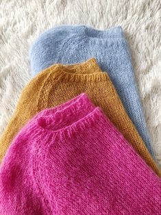 Mohair Sweater, Hand Knitted Sweaters, Sweater Knitting Patterns, Wool Sweaters, Hand Knitting, Jumpers For Women, Sweaters For Women, Layered Fashion, Knit Leg Warmers