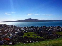 Rangitoto Island is a volcanic island in the Hauraki Gulf near Auckland, New Zealand. The 5.5 km wide island is an iconic and widely visible landmark of Auckland with its distinctive symmetrical shield. ❤️⛰ #nztrip #all #auckland #newzealand #nz #maori #rangitoto #love #bestpic #northisland #oceania  #purenz #nzmustdo #nztravel #aotearoa #gottalovenz #ilovenz #purenewzealand #kiwi #god #ignz #tourism #wanderlust #akl #auckland.art #auckland_art @auckland.art #devonport #mtvictoria #sun #i...