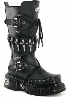 Sinister Soles offers a huge selection of Mens gothic boots and shoes, cyber goth boots, men's platform boots, industrial boots and steampunk shoes by Demonia Style Converse, Converse Outfits, Boot Outfits, Girl Outfits, Botas Goth, Calf Boots, Shoe Boots, Women's Boots, Lace Up Boots