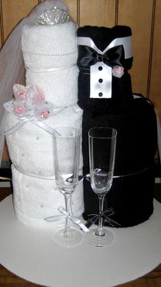 Bride & Groom Towel Cake Idea ~ Fun gift for a bridal shower or engagement party