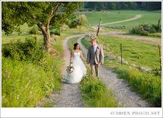 Massachusetts and New England Wedding Photographers OBrien Photo shares Tanya JP Salem Cross Inn Wedding