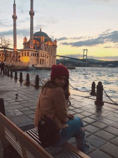 Sonnenaufgang in Ortaköy – Istanbul – reisen Turkey Vacation, Turkey Travel, Photography Poses, Travel Photography, Turkey Photos, Istanbul Travel, Best Photo Poses, How To Pose, Photo Location