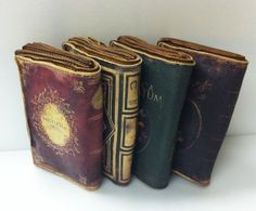 Book clutch purses... I love these!