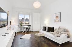 visionfastighetsmakleri, http://trendesso.blogspot.sk/2014/01/small-stylish-scandinavian-apartment.html