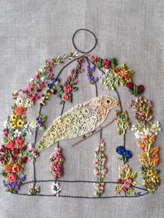 ribbon embroidery - bird cage - Valéria Cosme