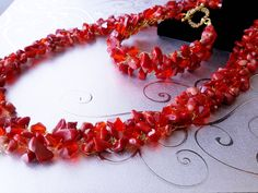Beaded Coral Gemstone Chips Beads Necklace Wire by Nataliyajewelry