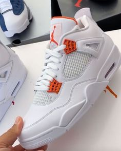 """Air Jordan 4 """"Metallic Orange"""", """"Metallic Red"""", and more revealed by in his latest haul from Jordan Brand. Which of the three colorways is your favorite! Tap the link in our bio for more info. Cute Sneakers, Shoes Sneakers, Kd Shoes, Jordan 4, Nike Jordan Retro 4, Jordan Tenis, Nike Air Shoes, Nike Socks, Jordan Shoes Girls"""