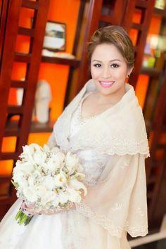 Donation Fresh Maria Clara by Harley wedding gown donation - Wedding Gown Modern Filipiniana Gown, Filipiniana Wedding Theme, Chic Wedding Dresses, Wedding Gowns, Trendy Wedding, Dream Wedding, Filipino Wedding, Maria Clara, Beautiful Gowns