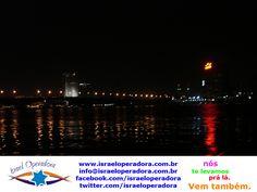 Imagem do rio Nilo á noite.