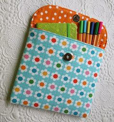 Tablet case- a first try! /Geta's Quilting Studio