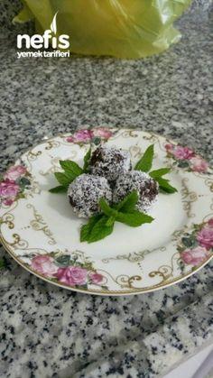 10 Dk Da Cevizli Muzlu Toplar Panna Cotta, Pudding, Ethnic Recipes, Desserts, Food, Tailgate Desserts, Dulce De Leche, Deserts, Custard Pudding