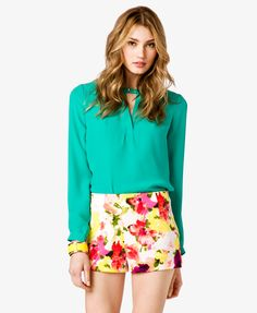V-Cutout Georgette Top - this color with those shorts. <3