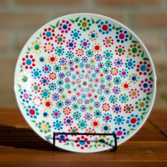 Acrylic Painting Inspiration, Dot Art Painting, Mandala Painting, Hand Painted Pottery, Hand Painted Ceramics, Pottery Painting Designs, Paint Designs, Peace Crafts, Painted Plates