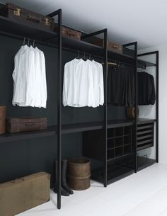Faire un dressing pas cher soi-même facilement Wardrobe Storage, Wardrobe Closet, Closet Bedroom, Closet Storage, Home Bedroom, Wardrobe Ideas, Storage Shelving, Closet Space, Storage Ideas