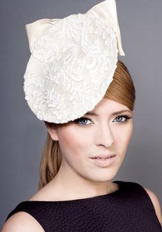 See this and similar Rachel hats - Royal Milliner Rachel Trevor-Morgan offers a couture bespoke service for occasion hats and headdress. A dying service is offe. Rachel Trevor Morgan, Race Wear, Occasion Hats, Fascinator Hats, Fascinators, Races Fashion, Love Hat, Silk Flowers, Hats For Women