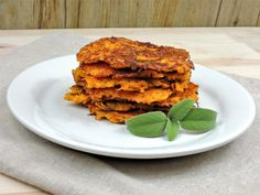 Dýňové bramboráčky Pumpkin Squash, Salmon Burgers, Risotto, Zucchini, Ethnic Recipes, Food, Salmon Patties, Eten, Meals