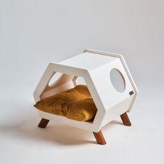 Modern Dog Houses, Cat House Diy, Pet Hotel, Wood Cat, Cat Playground, Dog Furniture, Cat Room, Animal House, Diy Stuffed Animals