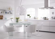 White furniture is highly preferred. White furniture fashion does not end, even after over the years. We have found great white furniture designs for you. If you plan to use white furniture, you should look at our photo gallery. White Furniture, Furniture Design, Bulthaup B1, Minimalist Kitchen, Modern Minimalist, Küchen Design, Design Ideas, Cool House Designs, White Decor