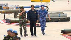 Saksikan Latihan TNI AU di Natuna Jokowi Jajal Kokpit Sukhoi SU-30 - Detikcom