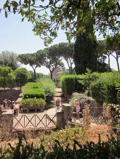 . Patio, Outdoor Decor, Travel, Home Decor, Viajes, Decoration Home, Terrace, Room Decor, Porch